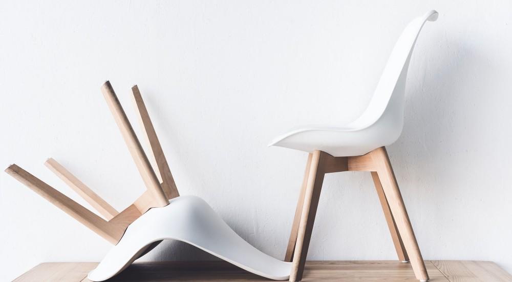 כסאות לתלמידים