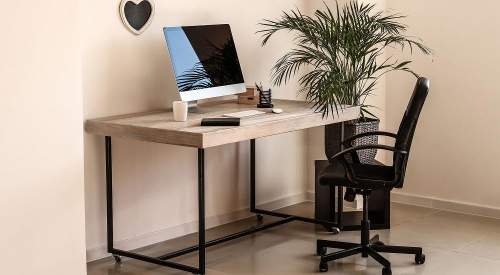 שולחנות מחשב וכתיבה